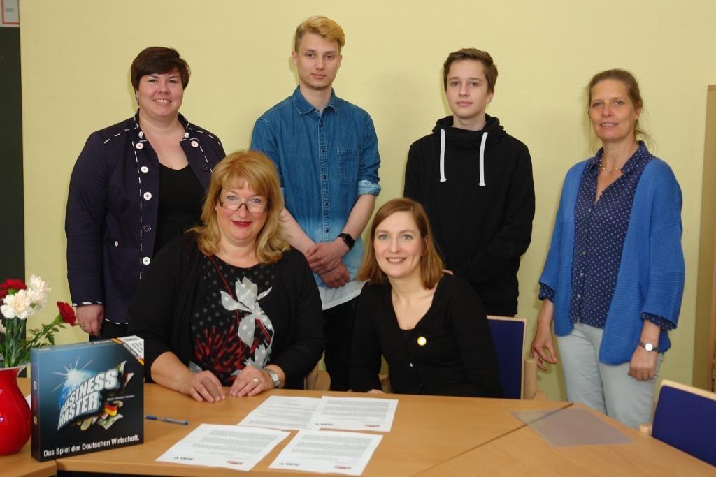 Kooperation ALBA Unterzeichnung